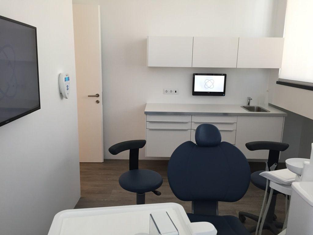 Clinica-dentária-_-Oeiras-41-1024x768-1024x768.jpg